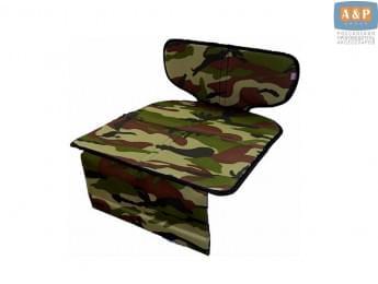 Защитный коврик (накидка) под детское автокресло-бустер. Цвет: камуфляж.